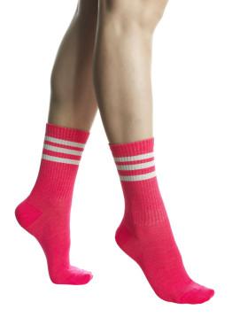 Дамски спортни къси чорапи в неонов розов цвят Pompea Jole Neon Pink