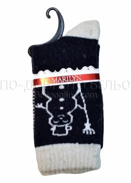 Дамски вълнени зимни къси чорапи на със снежен човек Marilyn 7205 в черено със светъл кант