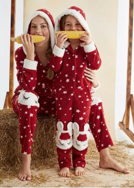 Детска мека пижама гащеризон с качулка и копчета 10025 на звезди