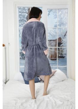 Дамски пухен домашен халат с яка и сладко зайче 9400