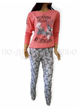 Дамска пижама от памук Иватекс 3219 в праскова с зайчето Бъни